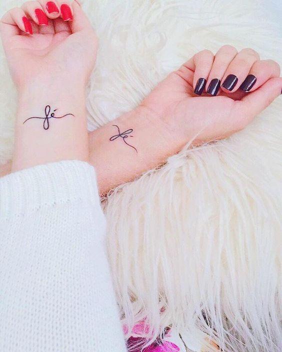 Tatuagens Femininas Delicadas E Pequenas No Pulso 70 Fotos