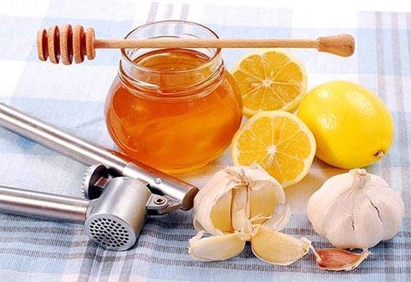 10 Remédios Caseiros para Curar a Tosse em Casa!